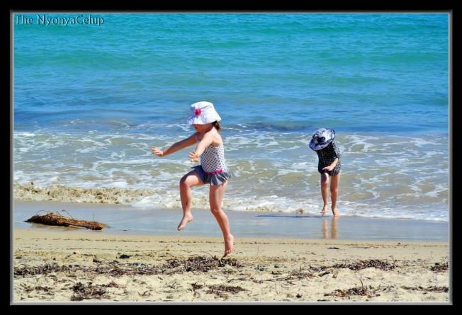 Kids @ Freemantle Beach