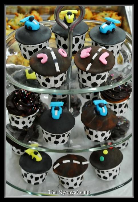 Racing Cupcakes!